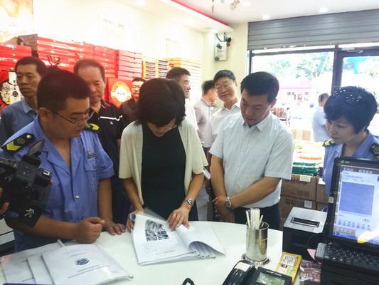 王爱琴副市长督查小店区文明城市创建工作